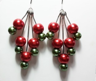 Dangle earrings (9)
